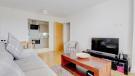 Lounge :kitchen