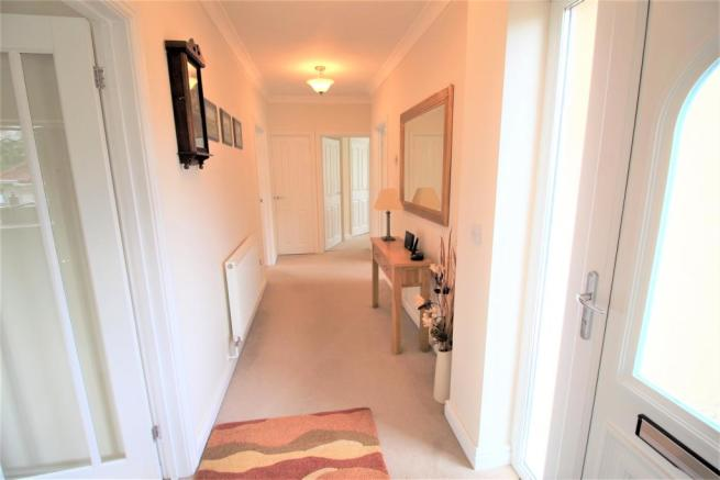 Hallway aspect 2.JPG
