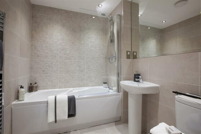 TW MA_Winnington Village_Alton G_PB35G_Bathroom 1 1