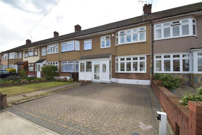 3 bedroom terraced house for sale in Rosemary Gardens