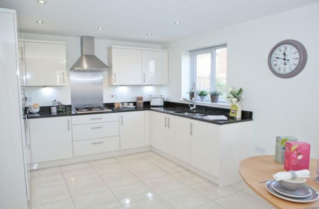 Culcheth Green Woodhall Kitchen
