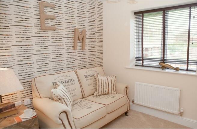 Culcheth Green Woodhall Family Room