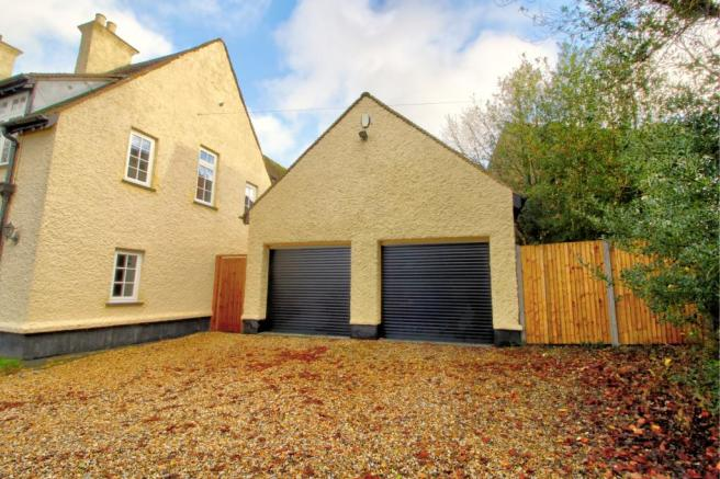 Garage with planning to convert to dwelling