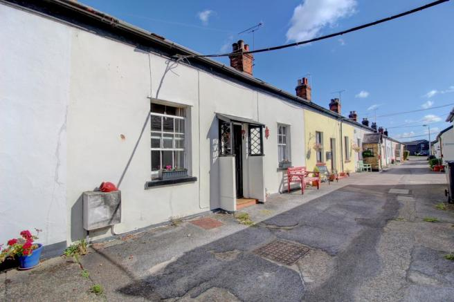Woodfield Cottages, Maldon Private Road Access