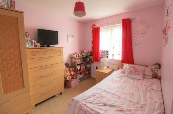 12 Linton Plc Bedroom 2.1