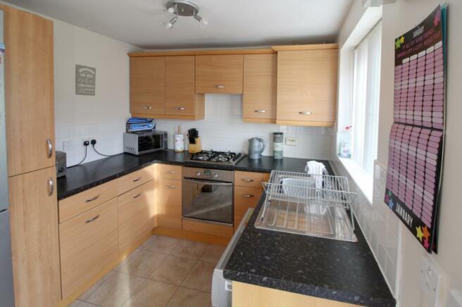 12 Linton Plc Kitchen 1