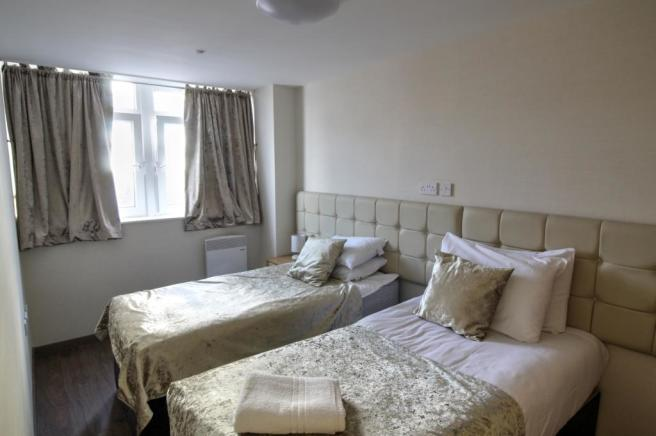 106 Daniel House Bedroom 1