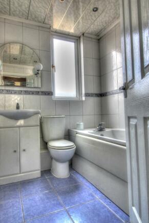 Bingley Road Bathroom