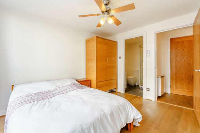 8407513-interior05-800.jpg