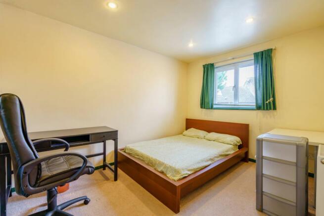 8416805-interior07-800