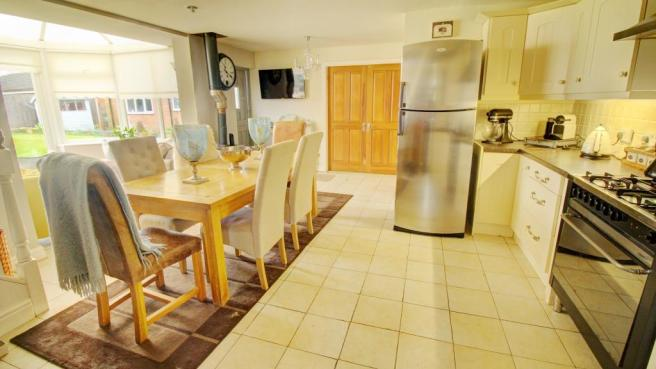Annexe Open Plan Dining Kitchen with Conservatory