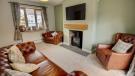 Lounge (alt angle)