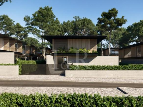 4 bedroom villa with private pool and garden in Birre, Cascais