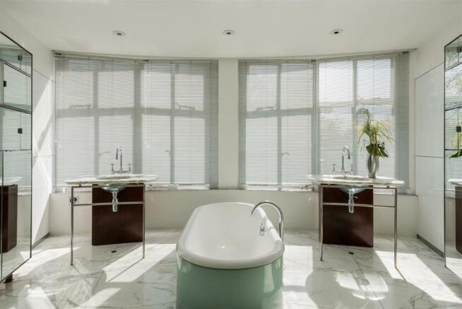 14 RH Master Bathroom.jpg