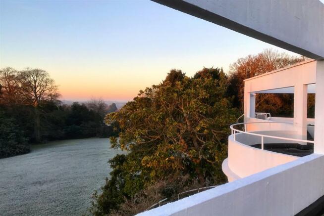 42 RH Top Terrace.jpg