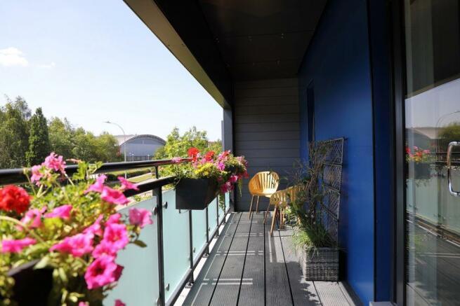 Woodlands Park Lotus House Balcony