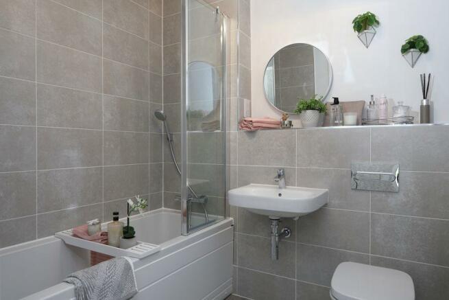 Woodlands Park Lotus House Bathroom