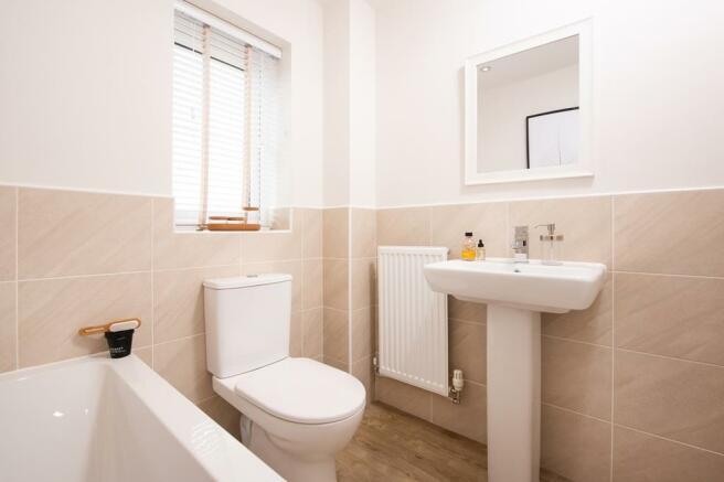 Typical Kingsley bathroom