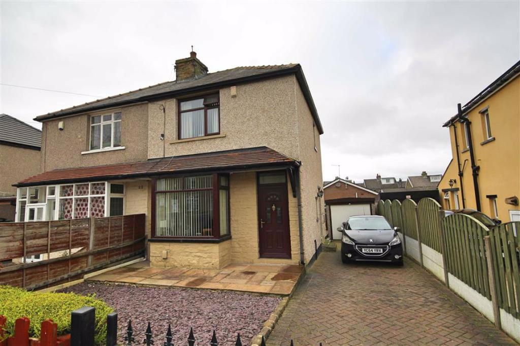 2 bedroom semi-detached house  Anlaby Street, Bradford