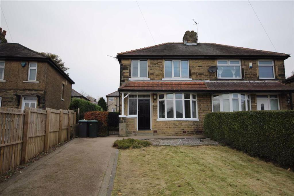 3 bedroom semi-detached house  Mandale Road, Bradford