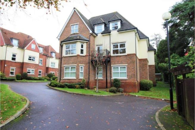 Forest Road, Branksome Park, BH13 6DP