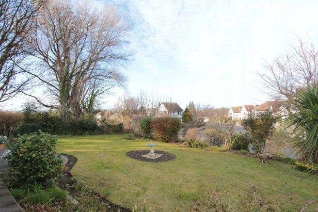 Front Garden (...