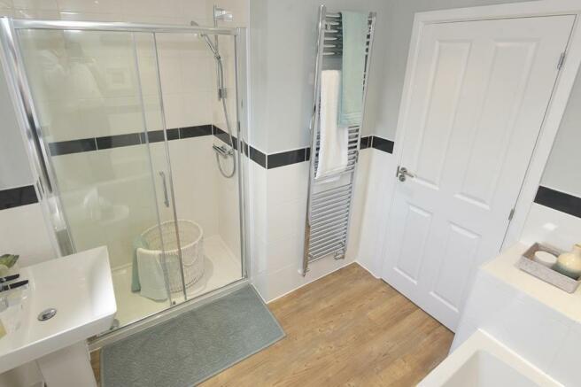 Hunters Lodge Henley Show Home Family Bathroom