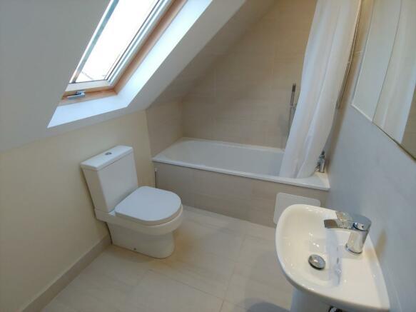 4 bedroom flat to rent in West Savile Terrace, Newington ...