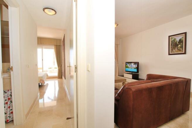 living abd bedroom