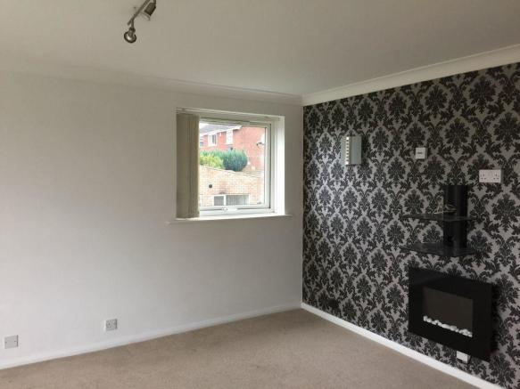 Thumbnail Wolverhampton, Compton, High Meadows: **New to the market**This first floor two bedroom flat offers lounge/dining, bathroom with electric shower over bath, kitchen with built in fridge, freezer, washing machine, oven and hob. Fully double glazed, electric storage heaters, large storage cupboard w...