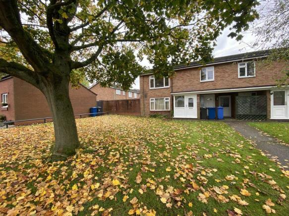 Thumbnail BURNTWOOD, LONGFELLOWS ROAD: This Well Presented Modern Refurbished First Floor Maisonette offers its own entrance, porch, a large lounge, kitchen/dining with integrated hob, electric oven & extractor hood, one double bedroom, single bedroom with a good size storage cupboard, bathroom with sh...