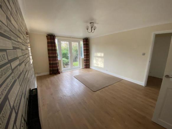 Thumbnail ** SUTTON COLDFIELD, KENNEDY CLOSE ** **A Well Presented Bright & Modern Ground floor ONE BEDROOM flat** This spacious one bedroom flat offers a large lounge/dining with French doors, a newly fitted kitchen with built in extractor hood/hob/oven, a good size double bedroom, modern b...