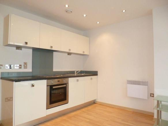 Thumbnail BIRMINGHAM,ST PAULS SQUARE: **SOUGHT AFTER DEVELOPMENT** This super furnished Apartment is located within a sought after development within St Paul's square. The apartment offers a third floor location, hallway, open plan lounge/fitted kitchen with appliances, a separate double bedroom with built...