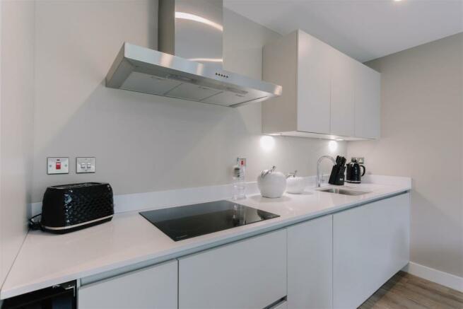 GH 1 Bedroom Kitchen.jpg