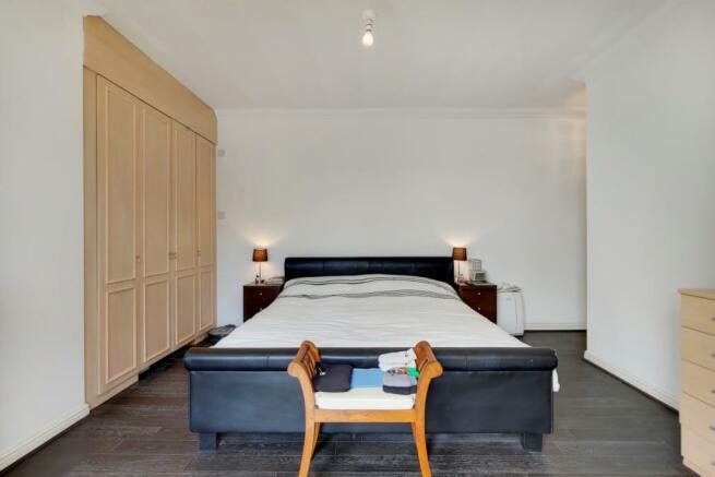 5_Master Bedroom-0