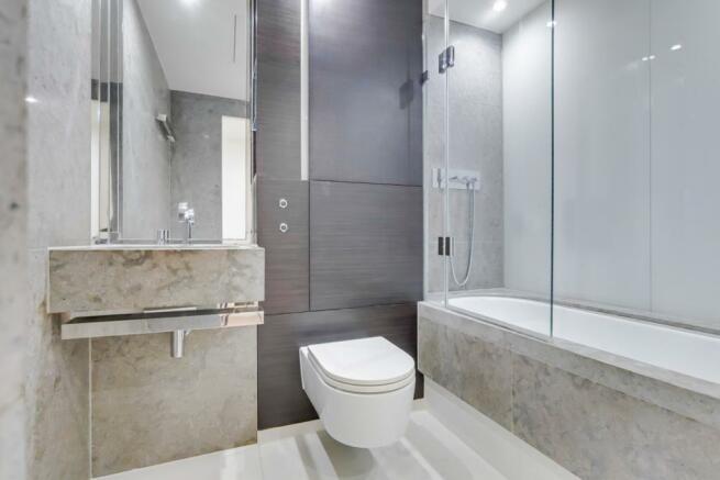 7_Bathroom-0