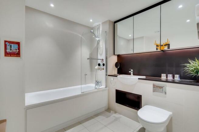 15_Bathroom_7