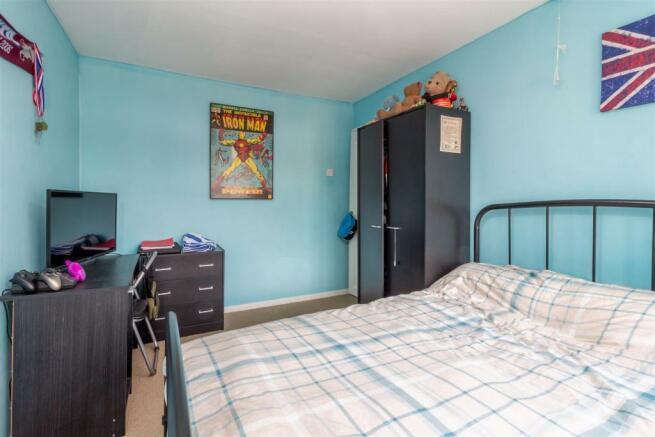 Bedroom-2-4.jpg