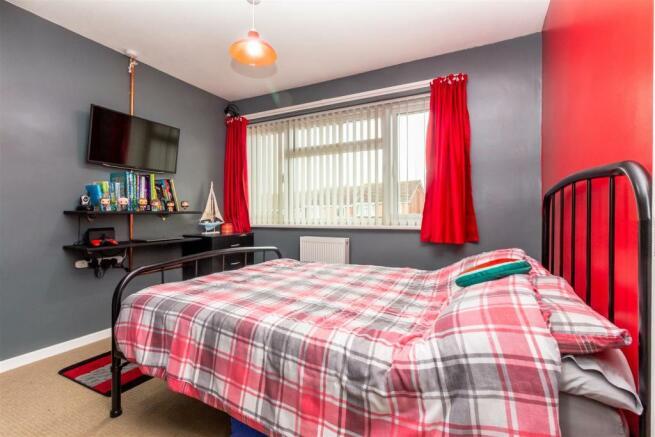 Bedroom-3-4.jpg