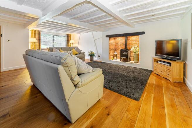 Living-Room-5.jpg