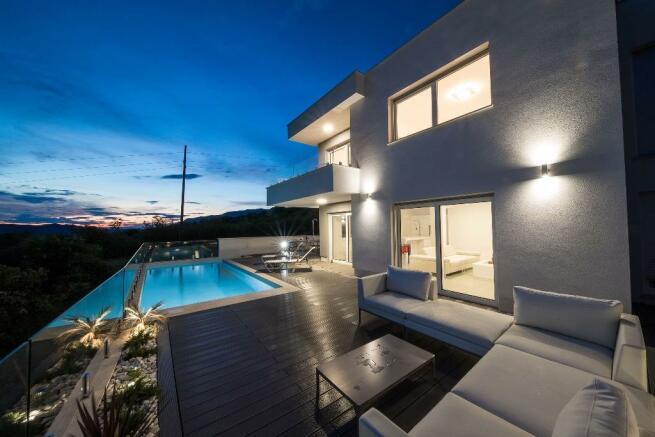 patio-pool