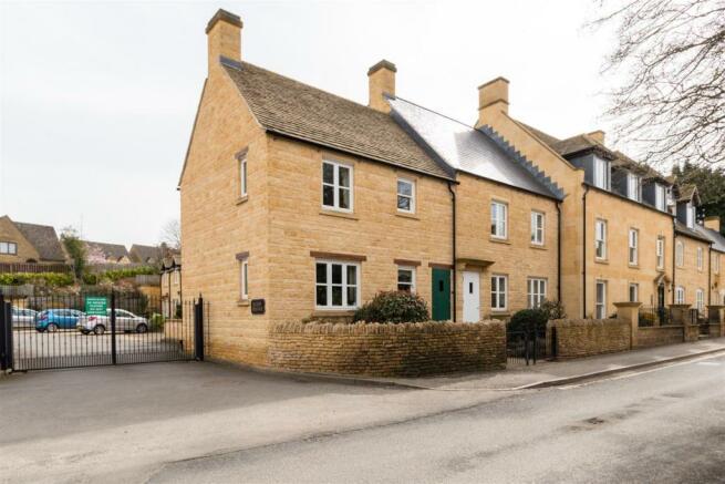 8 Saxon Grange-22.jpg