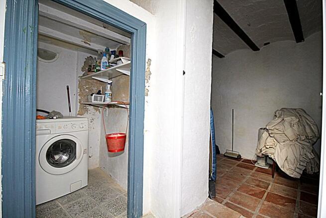 laundry, storage