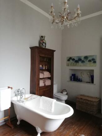 2d bathroom
