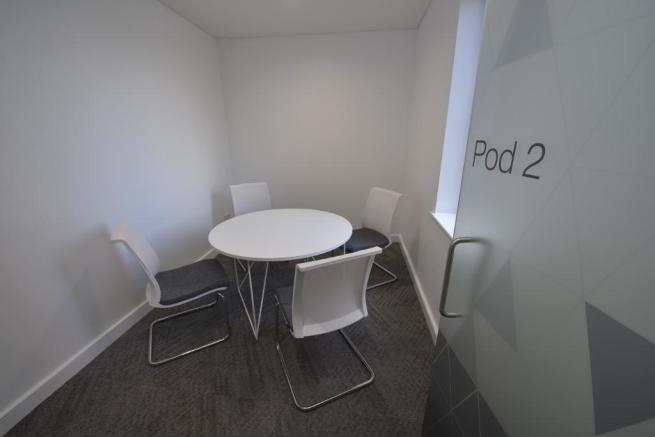 Meeting/Pods