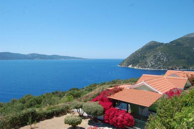Estate & sea view