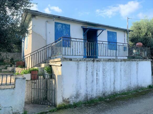 Front house facade