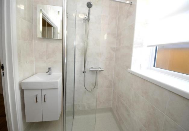 12b wet room 8 west view.JPG