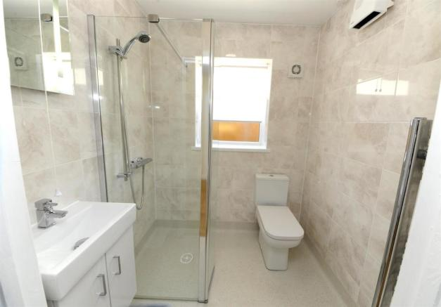 12a wet room 8 west view.JPG