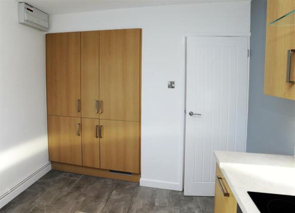 11c kitchen 8 west view.JPG